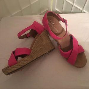 Toms Pink Espadrille Size 9W Wedge Sandals